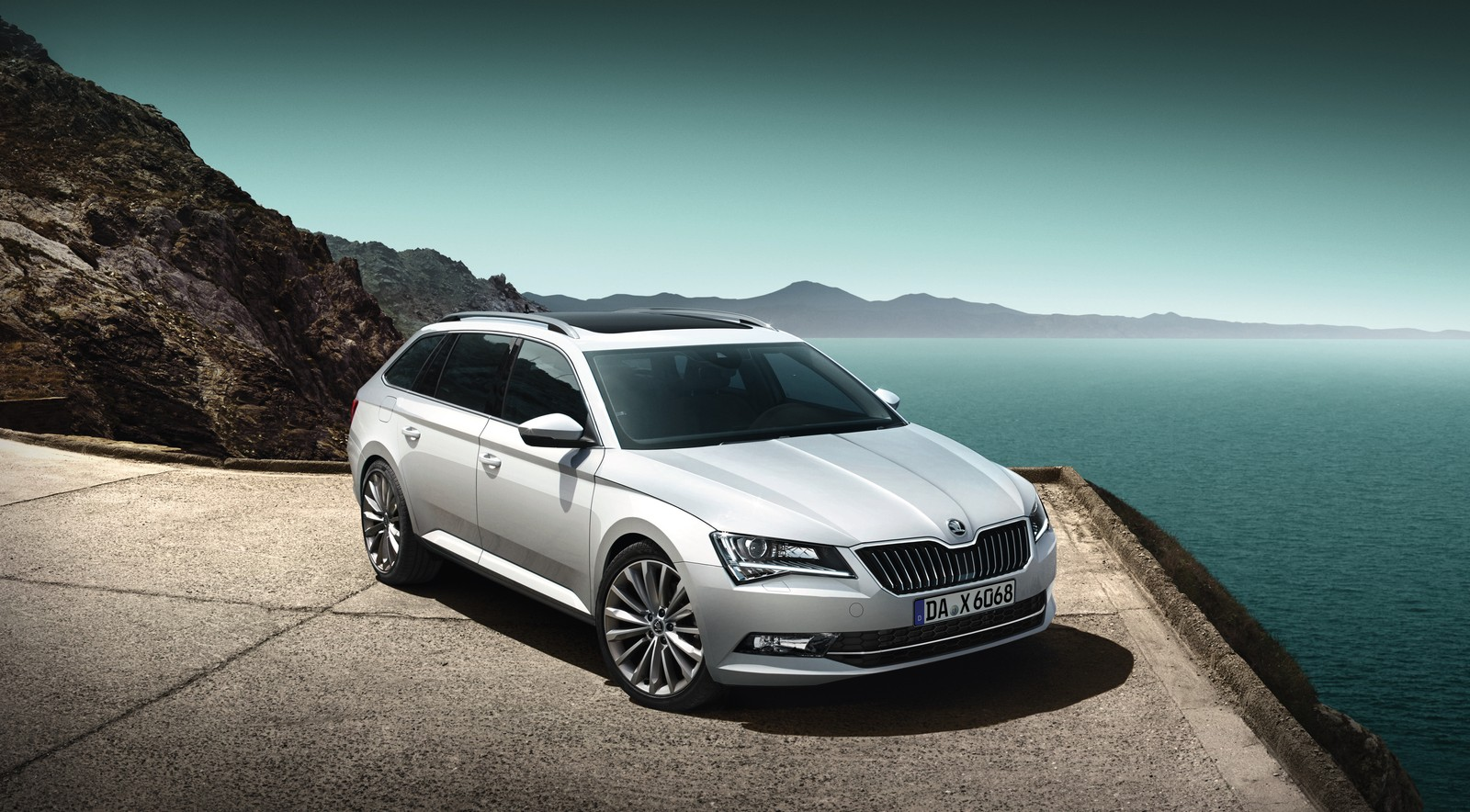 Skoda Superb Combi Premium Edition