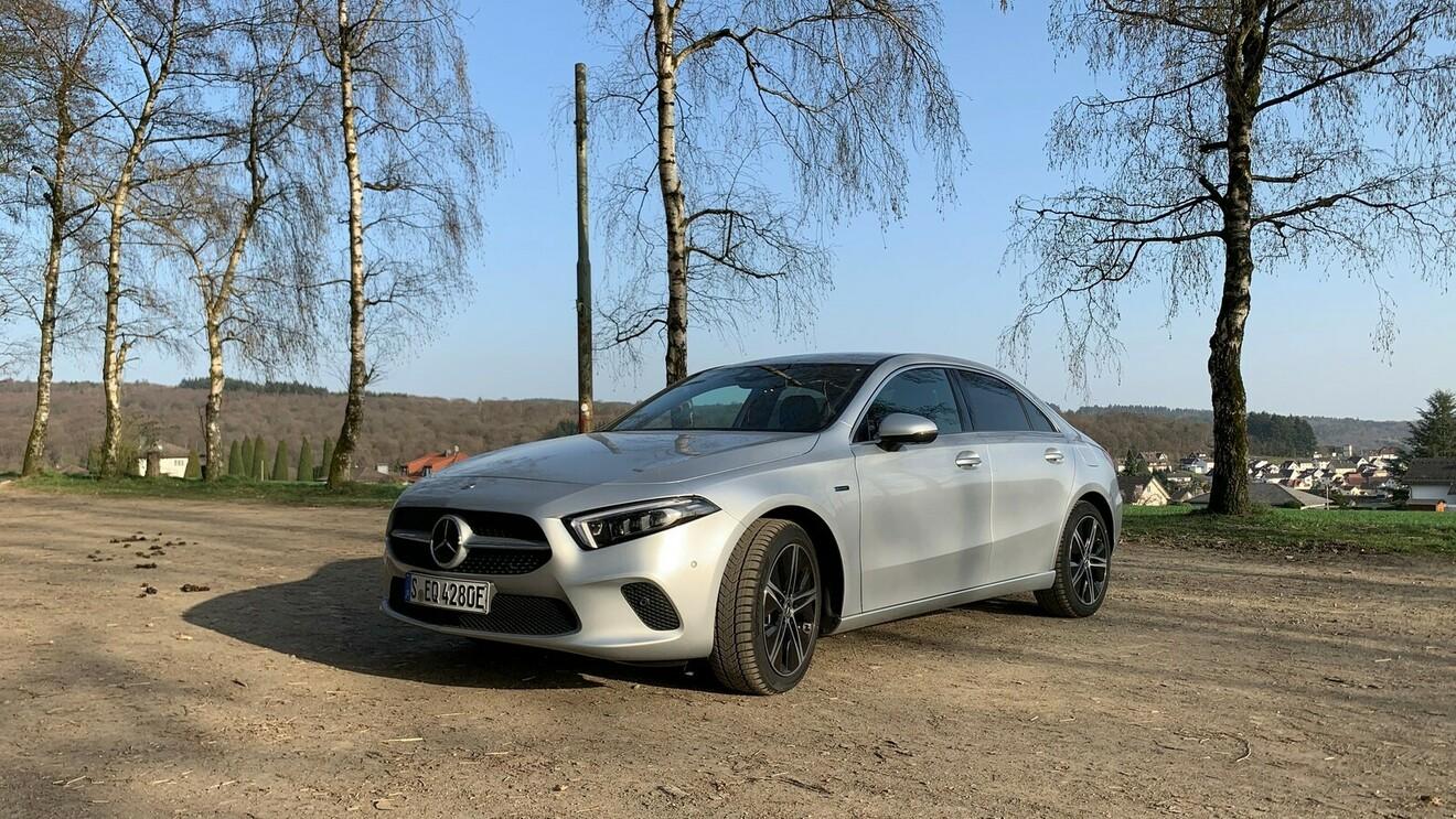 Mercedes-Benz A 250 e: Teilzeitstromer in besonderer Form